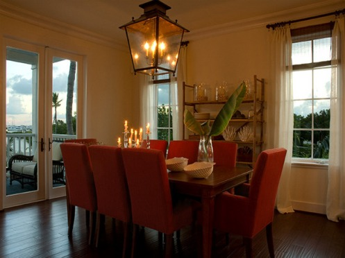 red and white beachy dining room