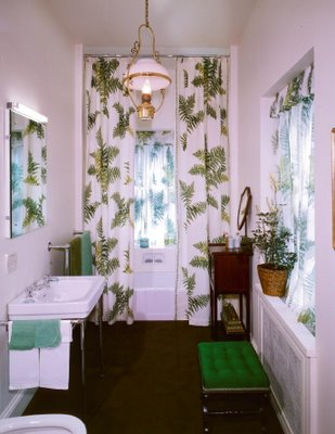 safari retro palm Bathroom, white brown and green