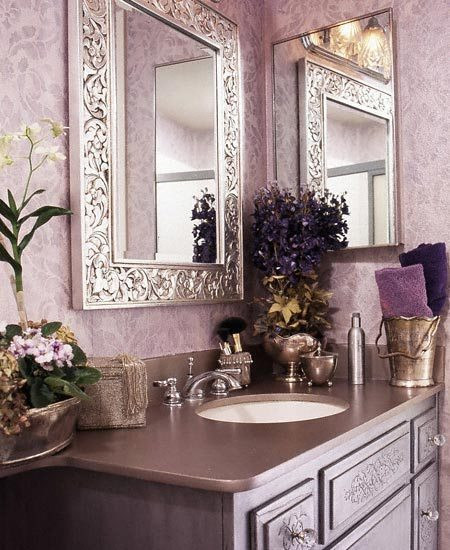 lilac purple bathroom with