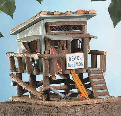beach-hut-wooden birdhouse