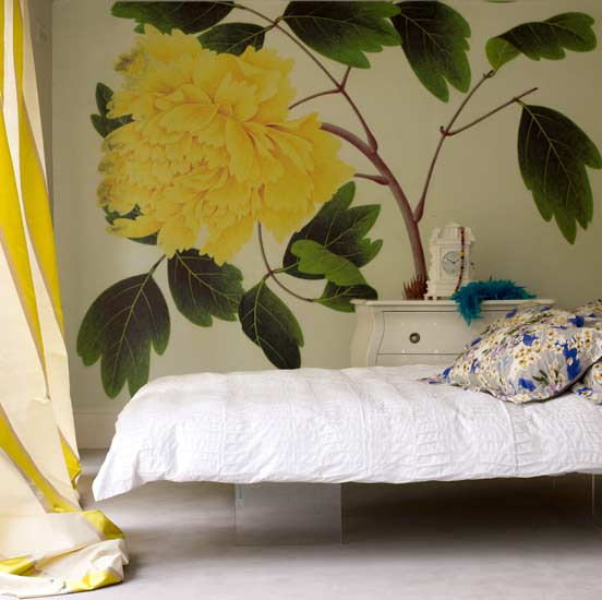flower wallpaper for rooms