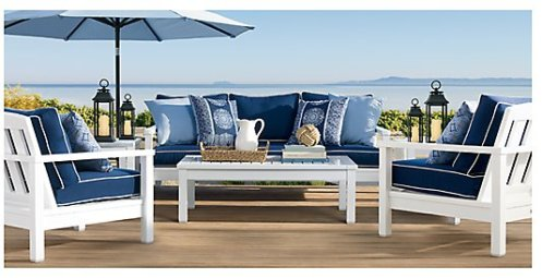 this white and blue patio furniture makes an instant beach look for