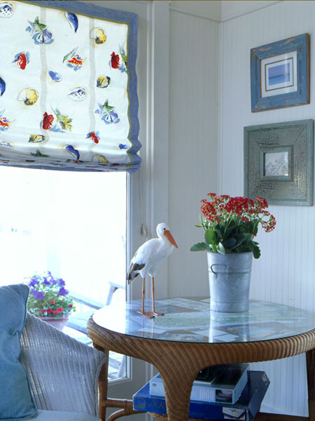 white and blue nautical style dining room nook