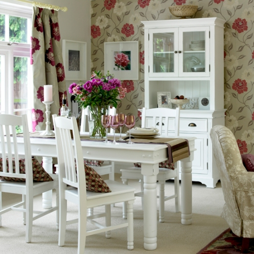 white and pink red roses wallpaper romantic country style dining room