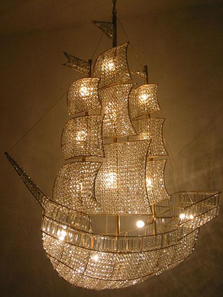 hans-van-bentem-custommade-chandelier-ship