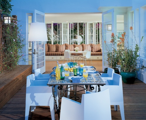 beach style home porch dining area