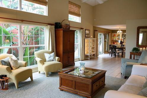 beige and white coastal living room