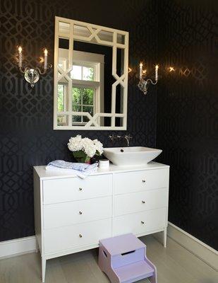 black and white modern bathroom shiny wallpaper, chinese lattice mirror