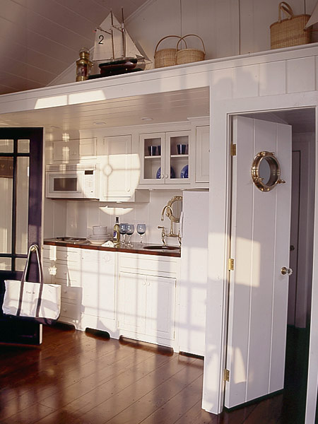 white nautical style kitchen