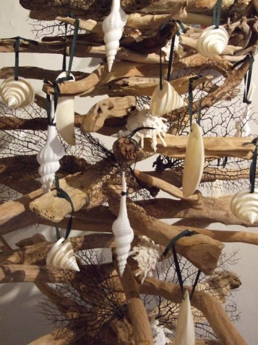 driftwood and seashell art