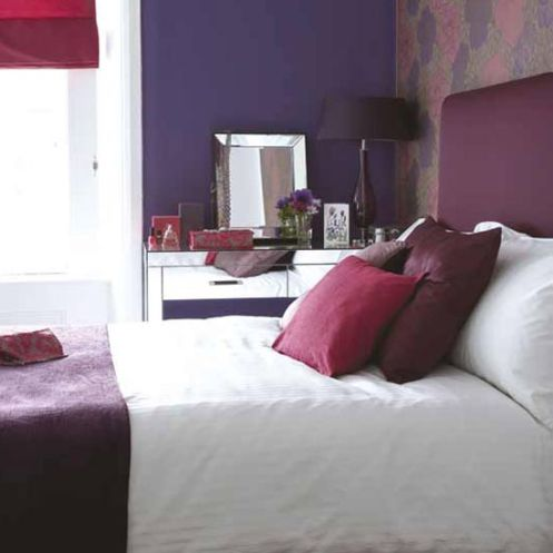 deep purple dand white bedroom