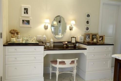 posh vanity table in bathroom white marble