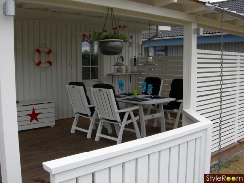 white blue red porch nautical style