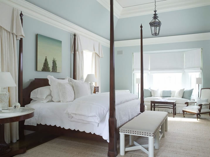 Bedroom designs by colour blue part 2 classical pale for Blue and white bedroom ideas