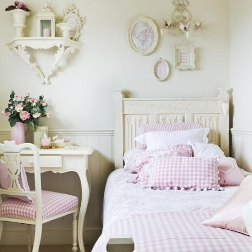 romantic country style bedroom
