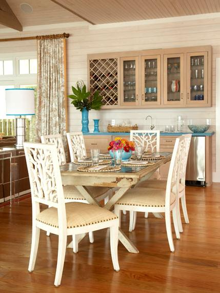 beachy coastal style dining room