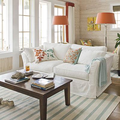 light beachy coastal living room
