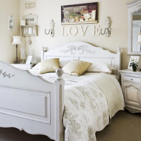 romantic country style bedroom creams and white