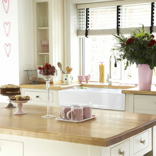 romantic country kitchen cream and pink