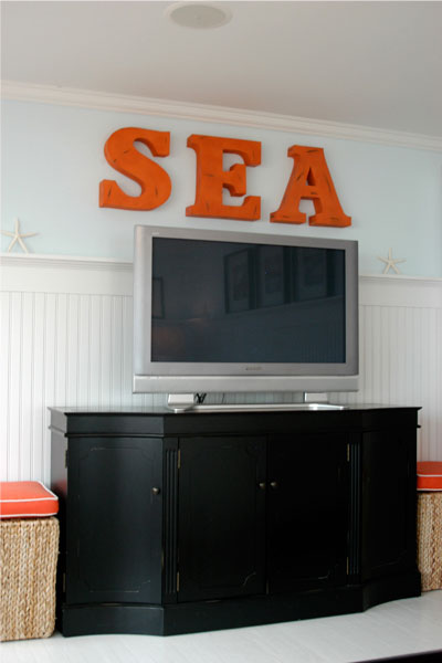 "living room letter word decor ""sea"" coastal beachy style"